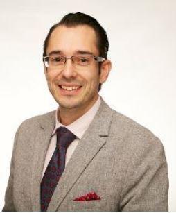 Andrew Pavelescu Headshot